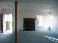 Nice house in Victorville with a fireplace, Wood Stove, Covered Patio 7