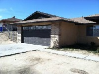 Great 3 bedroom with nice size lot in Victorville