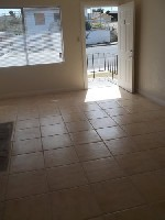 Remodeled Studios! Tile Floors and Pool Move In SPECIALS!