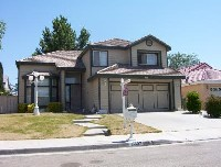 Two-story home in nice Victorville neighborhood