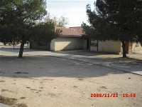 Corner lot 3 Bed 2 Bath in Apple Valley