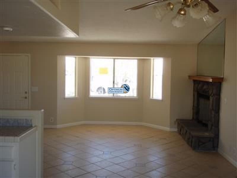 Great location, nice Hesperia home 1
