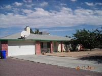 Centrally located home, RV access