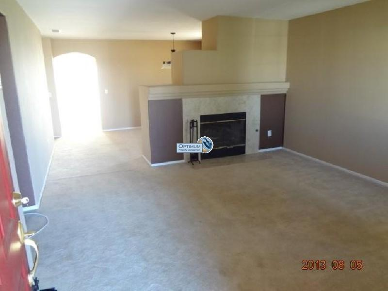 Pleasant 3-bedroom home in victorville 3