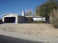 4-bedroom north Victorville home with fireplace