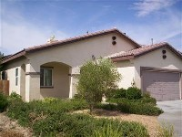 Single story 3 bedroom in victorville