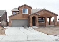 Large five bedroom home in victorville